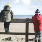 Beach family fun – Northumberland children's photographer